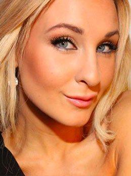 Sveriges sexigaste make up bloggare Helen Torsgården